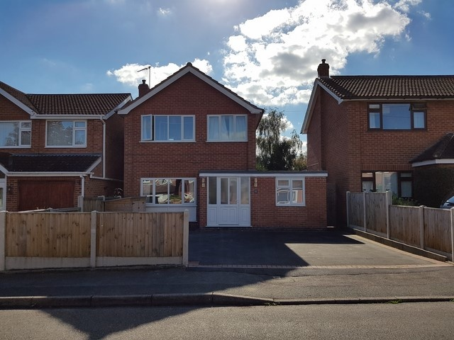 Pinewood Close,  Southwell,  NG25 0DD